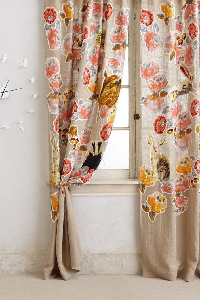 rideaux en lin avec motifs