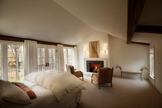 Chambre confortable en beige