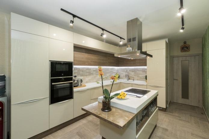 Intérieur de cuisine en forme de L