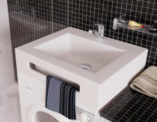 Les magasins de plomberie proposent un large choix d'éviers de formes et de styles différents.