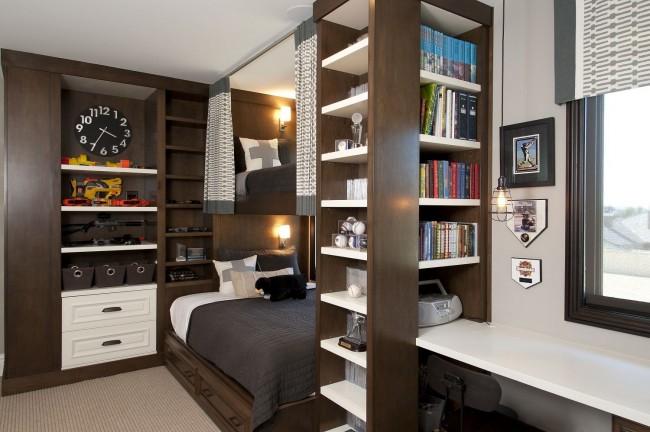 Solution compacte, pratique et inhabituelle pour une chambre de deux adolescents