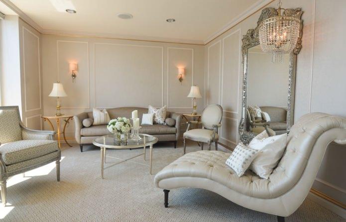salon classique en beige clair
