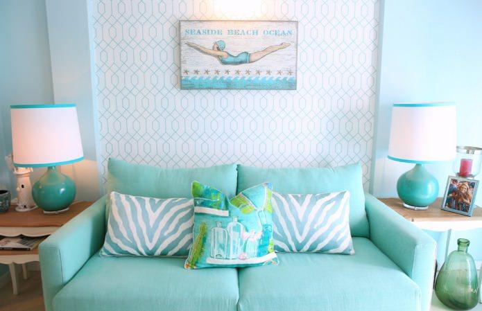 salon turquoise et blanc dans un style nautique