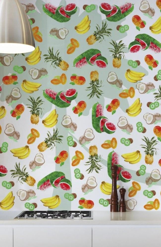 Papier peint pour la cuisine avec un imprimé exotique de la marque italienne Wallpepper