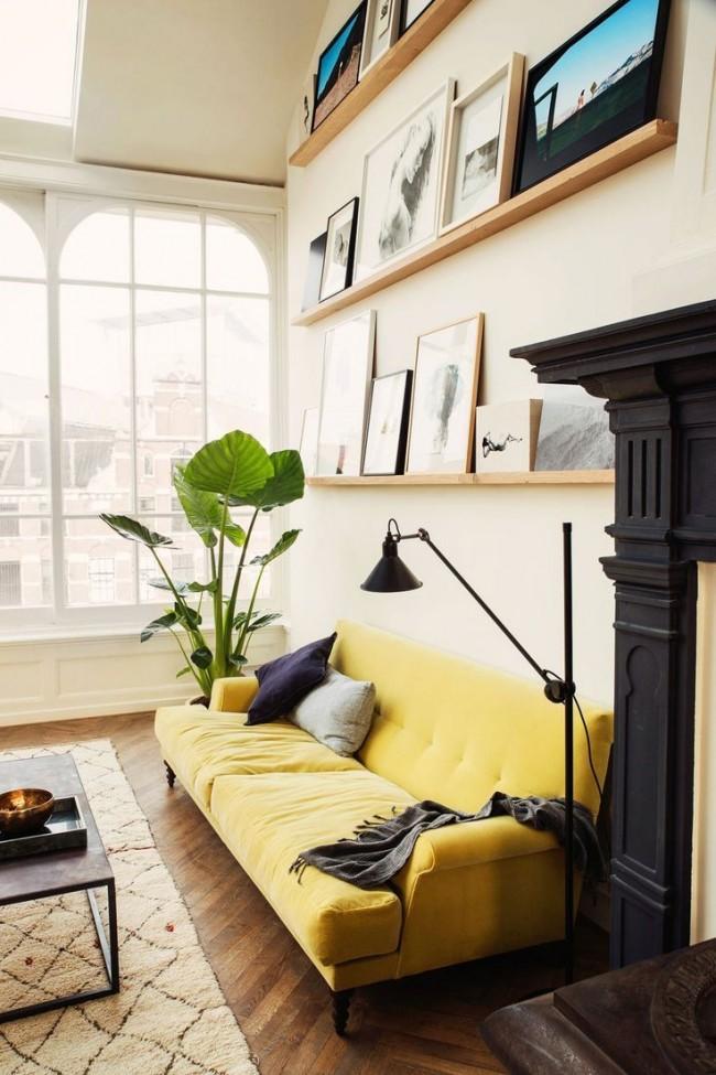 La couleur crème discrète des murs est belle et fraîche