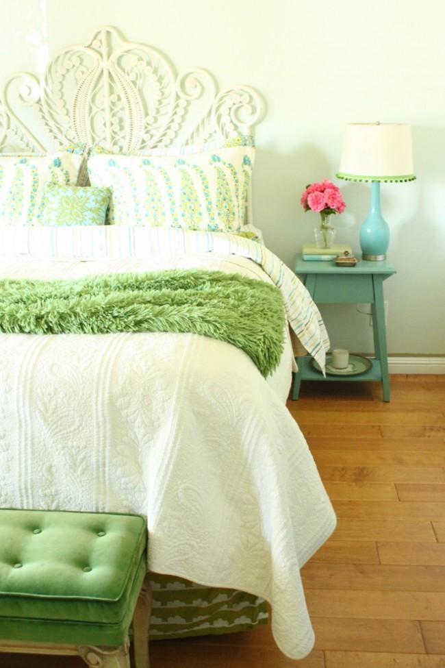 Chambre délicate pour une jeune femme ou une jeune femme romantique