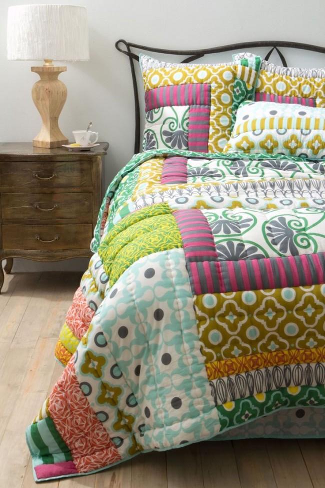 Le patchwork de couvre-lit peut être unilatéral ou double