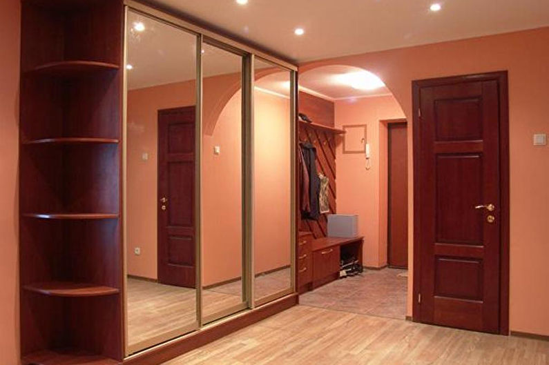 Armoire armoires classiques pour le couloir