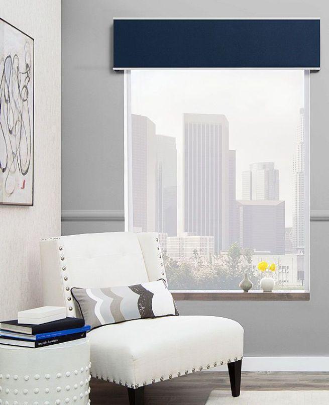 Lambrequin dans un salon moderne