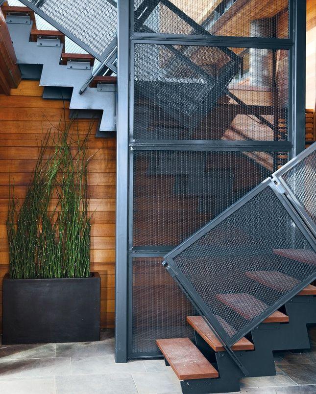 Escalier sur ossature métallique de style Art Nouveau