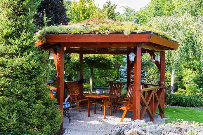 gazebo champêtre semi-ouvert