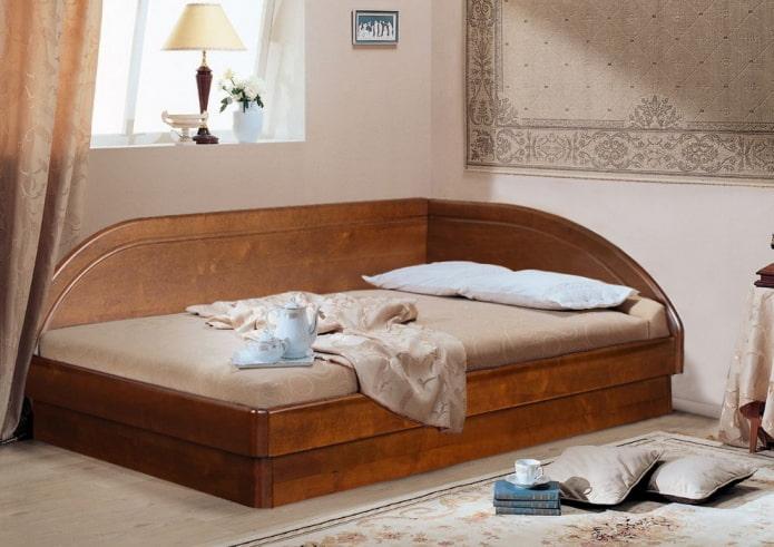 lit d'angle double à l'intérieur
