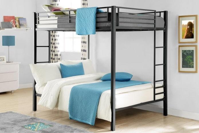 lit superposé double à l'intérieur