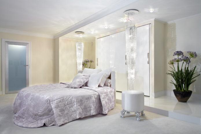 lit double ovale à l'intérieur