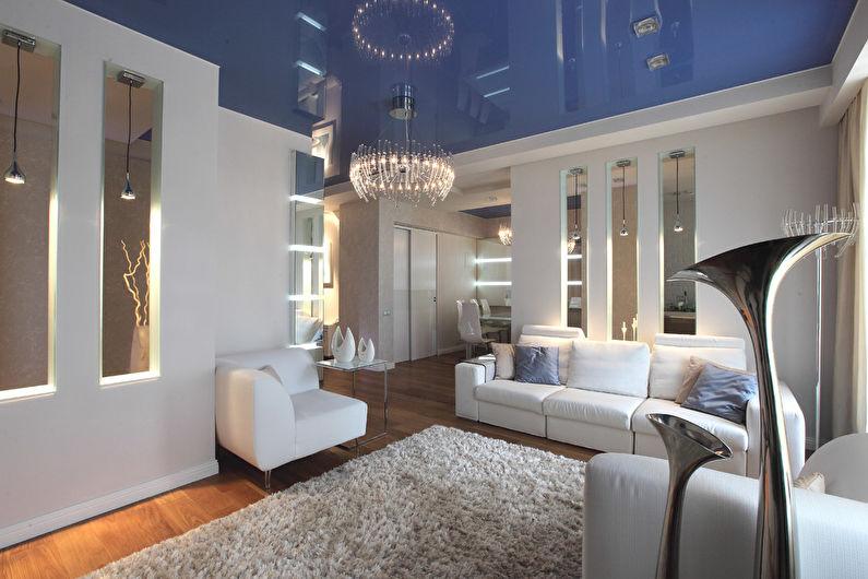 Plafond tendu bleu dans le hall (salon) - photo