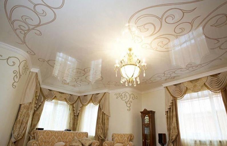 Plafond tendu brillant dans le hall (salon) - impression photo