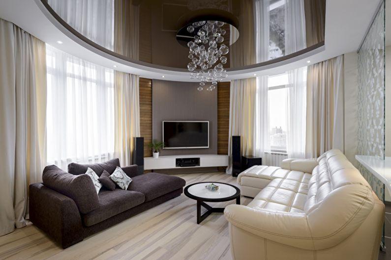 Plafond tendu brun brillant dans le hall (salon) - photo
