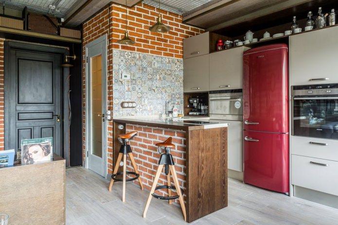 comptoir de bar décoré de brique rouge