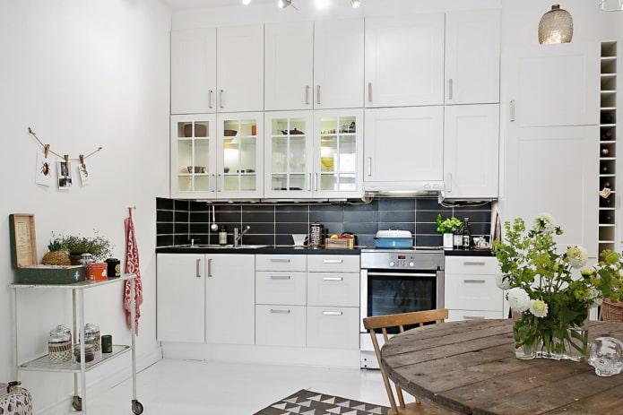 cuisine blanche à 3 niveaux
