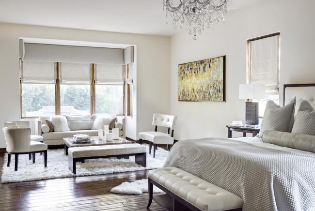 La façon la plus simple d'ajouter du contraste à une pièce est de choisir un parquet en bois naturel.