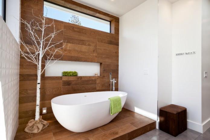 salle de bain avec boiseries