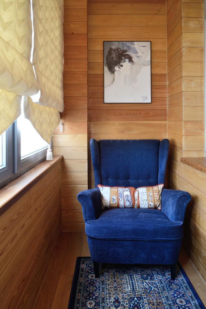garniture de balcon en bois