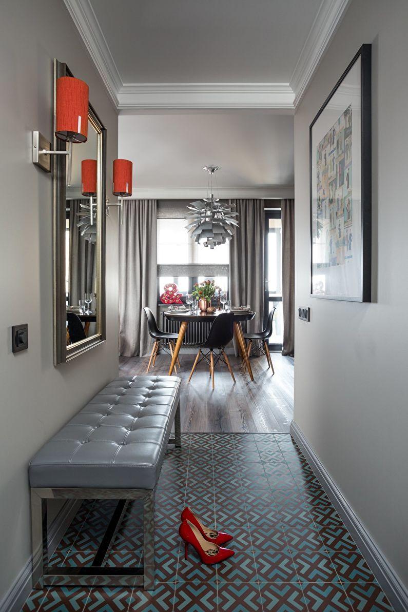 Petit couloir dans des tons gris - design d'intérieur