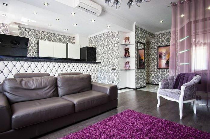 salon avec papier peint noir et blanc