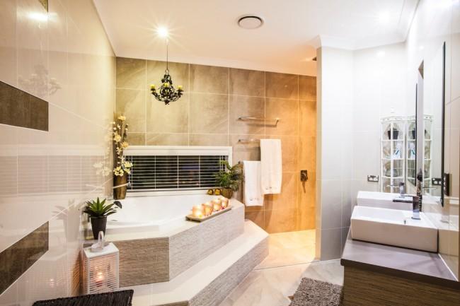 Pas une seule, même la cabine de douche la plus moderne ne peut remplacer une baignoire.