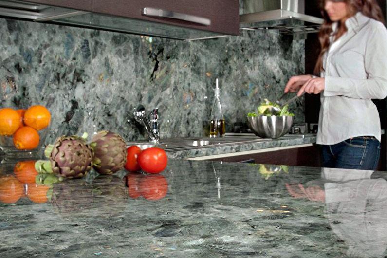 Tablier en pierre pour cuisine