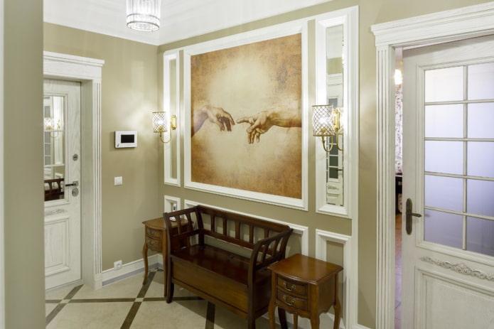 la palette de couleurs de l'intérieur du couloir dans le style classique
