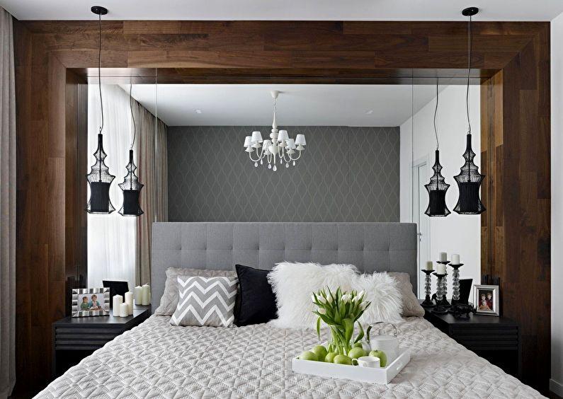 Design d'intérieur de chambre à coucher à Khrouchtchev - Grand miroir en tête de lit