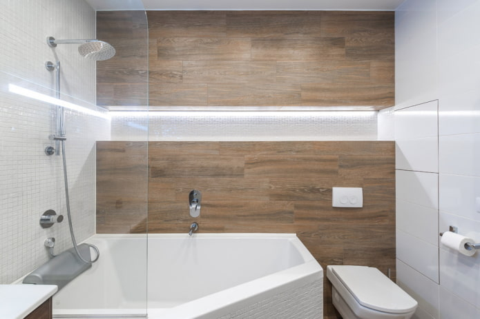 baignoire polygonale à droite
