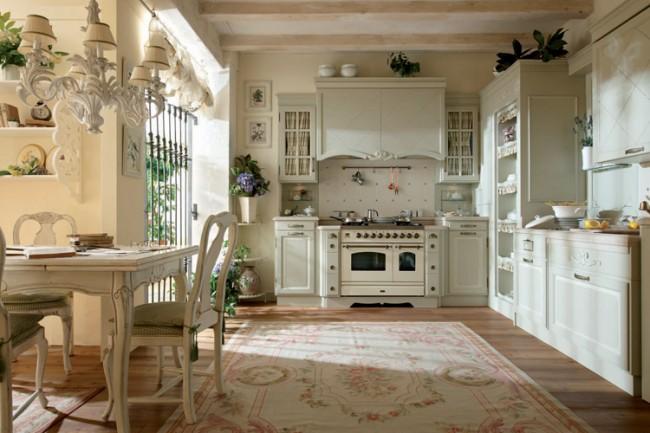 Irrégularités, fissures, vieillissement naturel ou artificiel des meubles mettront en valeur le style provençal