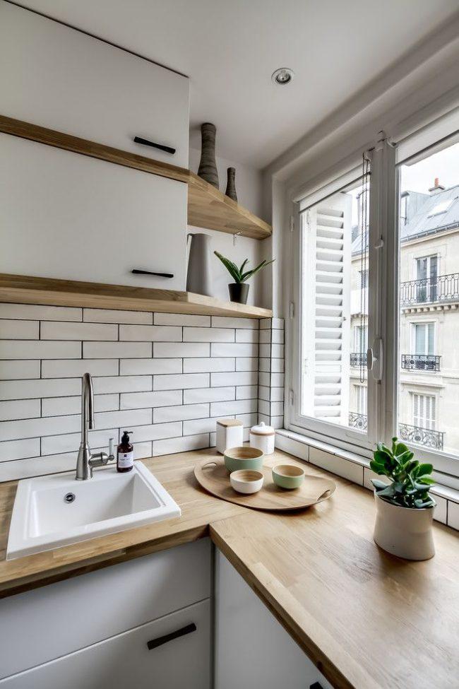 Le style scandinave a fière allure dans les petites cuisines