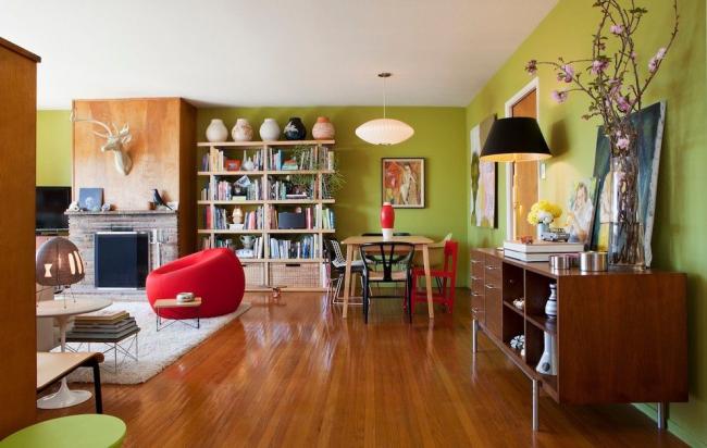 Excellente combinaison de vert clair et de bois