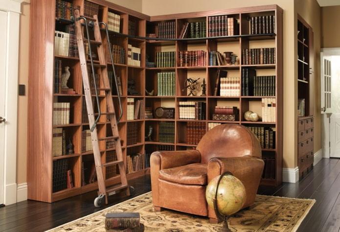 étagères d'angle pour livres à l'intérieur