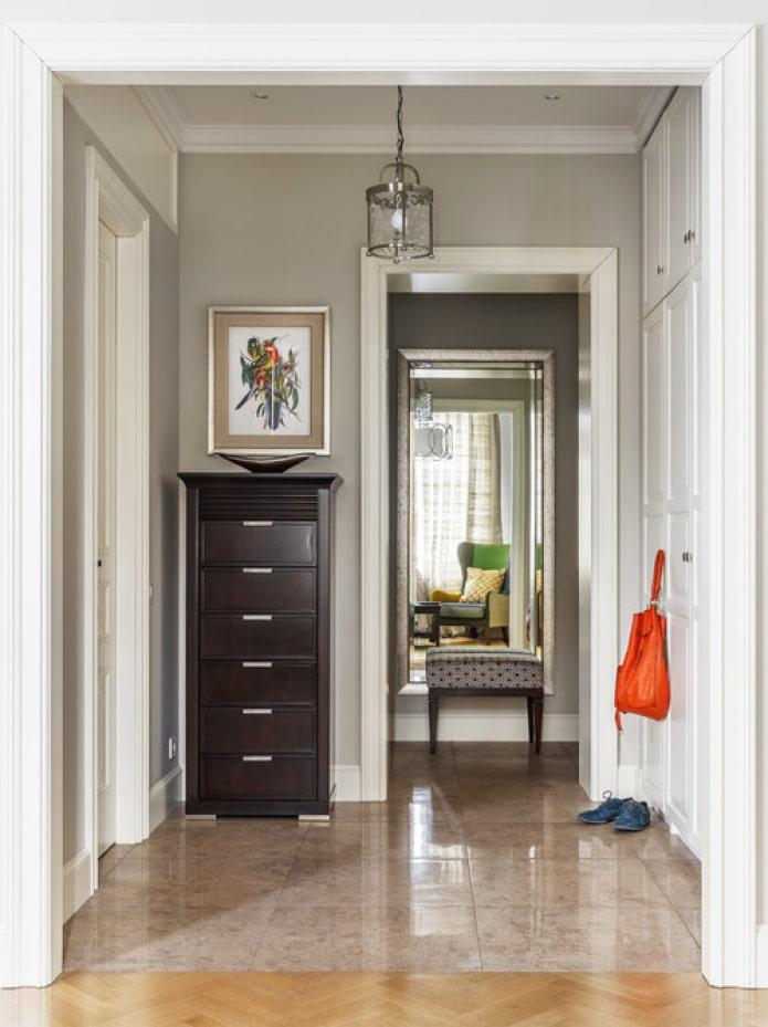 intérieur clair du couloir