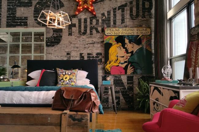 Décoration de chambre dans un style moderne avec un parti pris Art Déco
