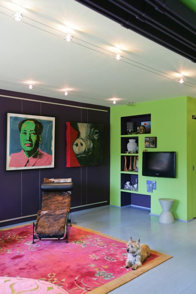 Même avec une couleur aussi sobre que la pistache, vous pouvez créer un intérieur choquant, l'essentiel est un sens du style et un désir d'expérimenter