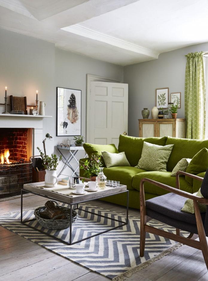 salon avec canapé vert