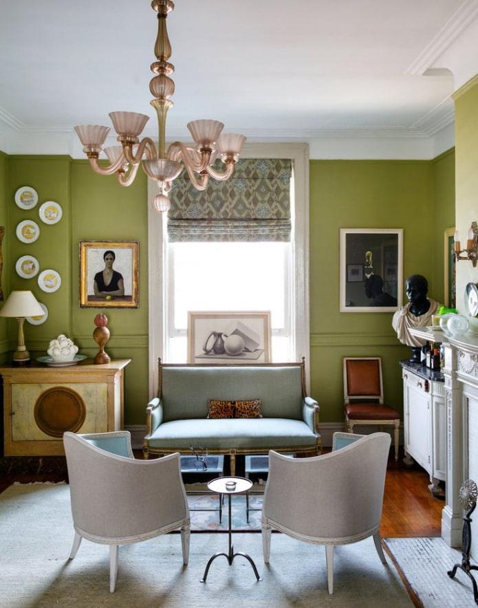 salon avec murs végétalisés