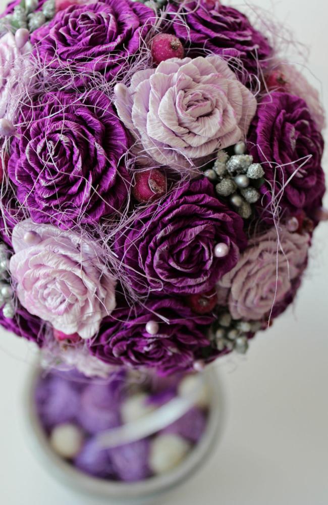 Belle topiaire en roses en papier