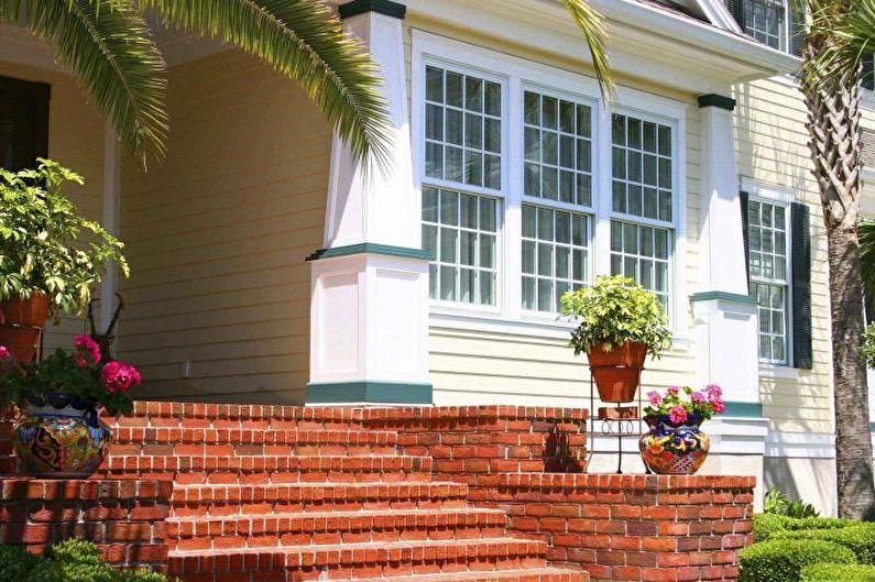 Décoration de porche en brique pour une maison privée - photo