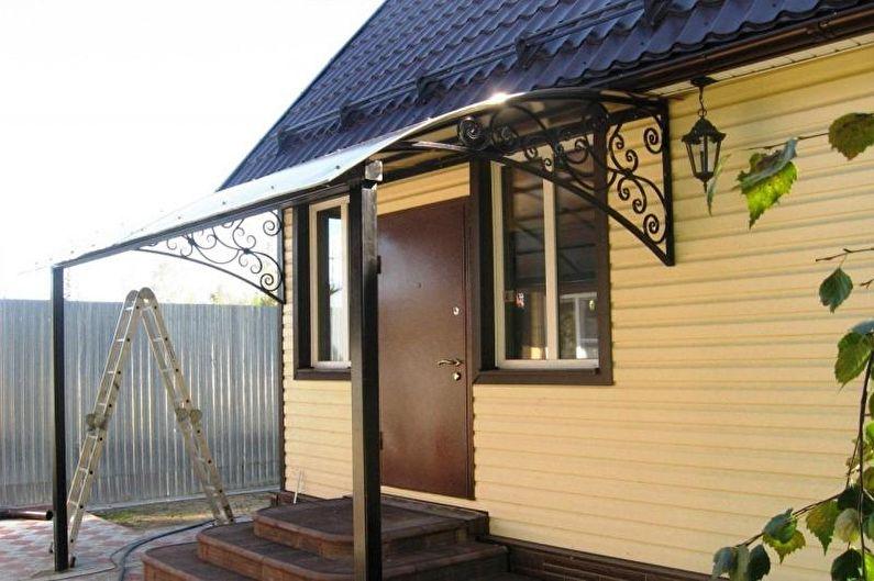 Faire un porche avec un auvent pour une maison privée - photo