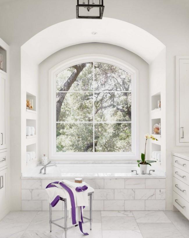 Écrans de salle de bain en céramique