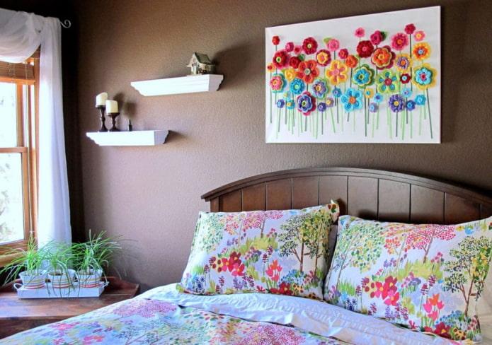 peinture maison sur le mur de la chambre