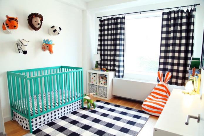 berceau turquoise pour bébé à l'intérieur