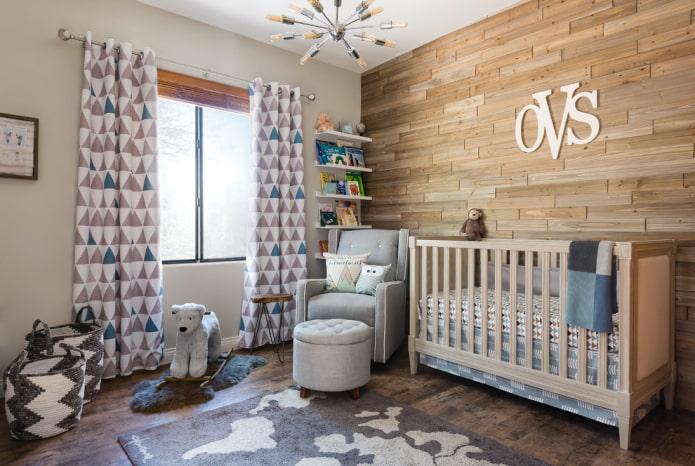 lit beige pour bébé à l'intérieur