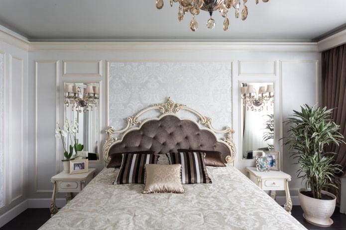 lit avec une tête de lit bouclée à l'intérieur